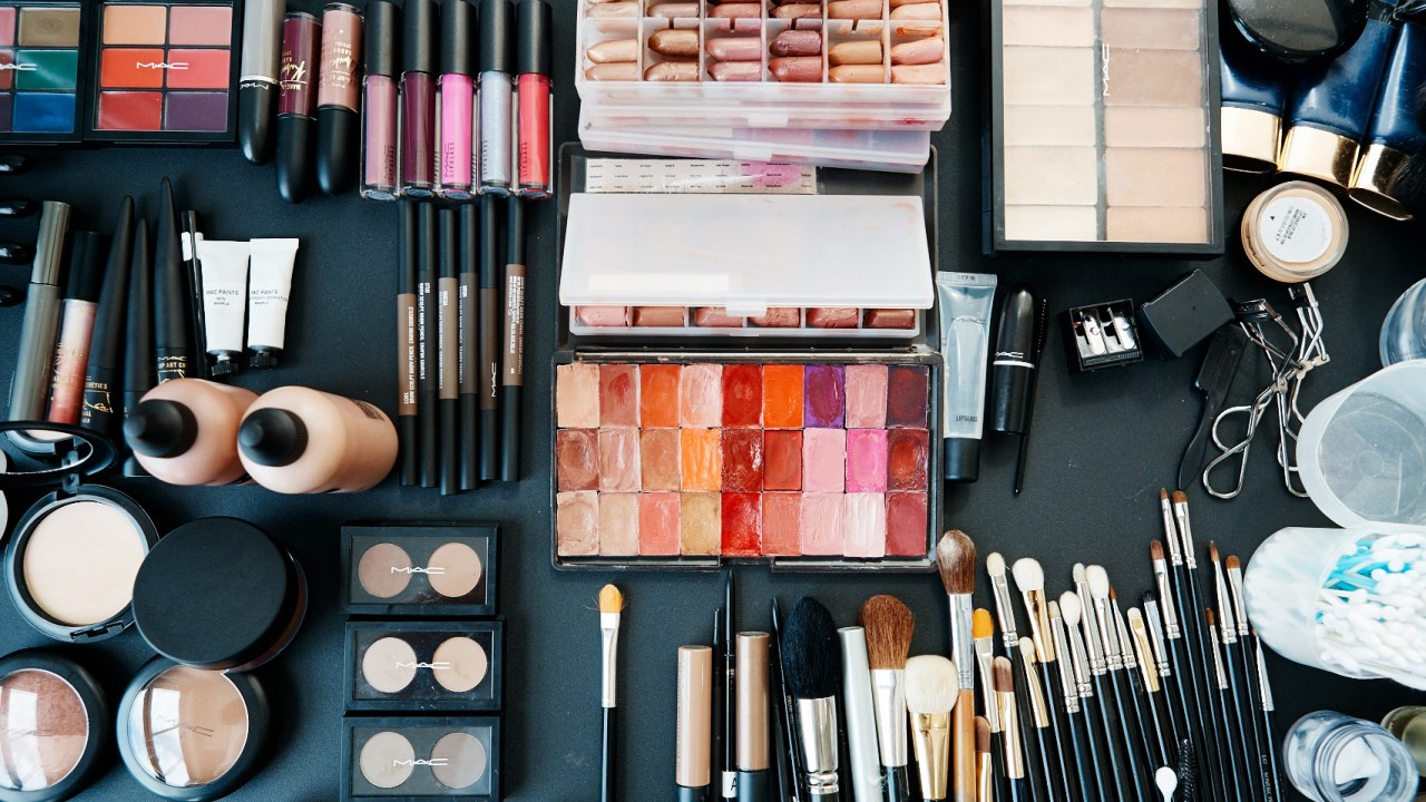 Cheap Makeup Products Vs Branded Makeup Products: What's Best For You?
