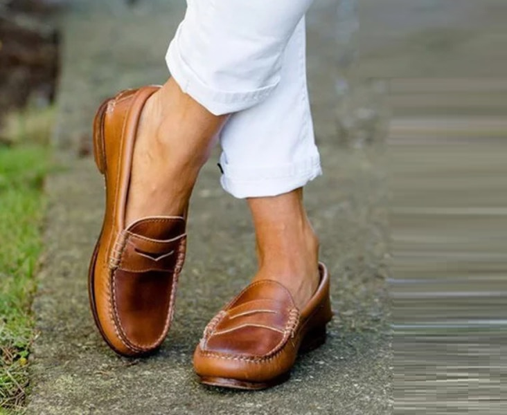 What to Wear with Women's Loafers?